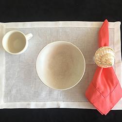 Pink-napkin-and-seashell-napkin-ring-250